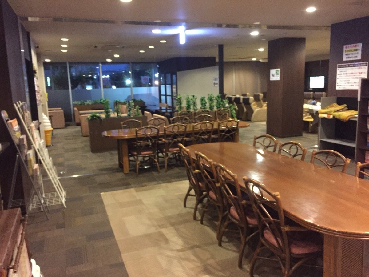ニュー琵琶湖健康ランド 喫茶店