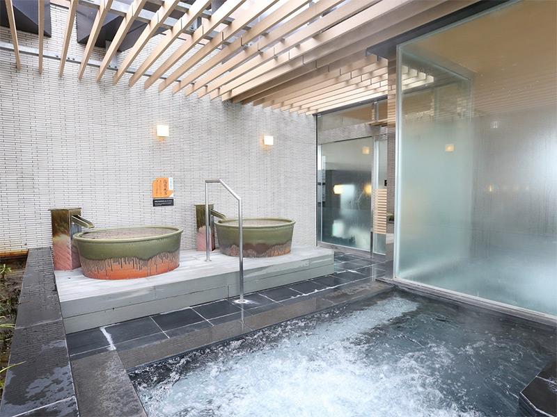 天空の湯 露天風呂